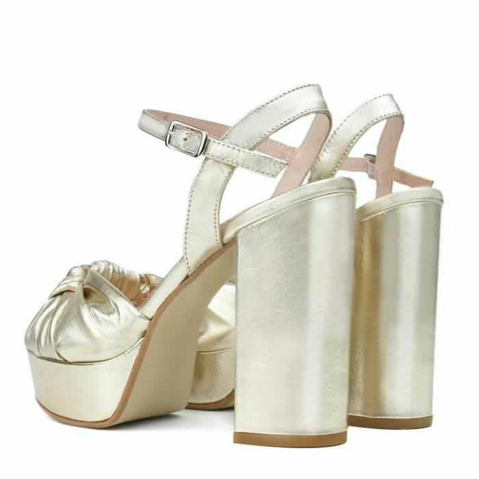Sandalo con tacco Nod