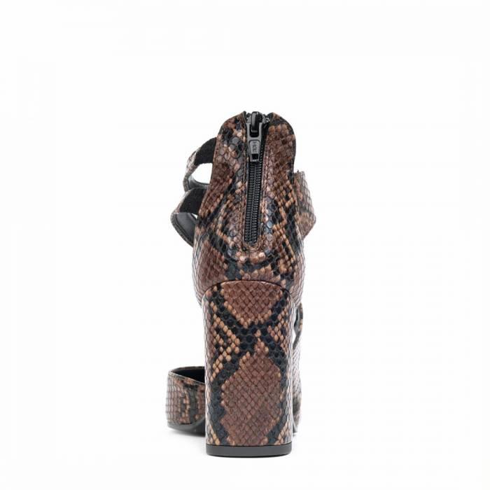 Scarpa con tacco G105 Piton