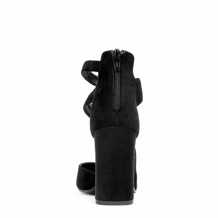 Scarpa con tacco G105