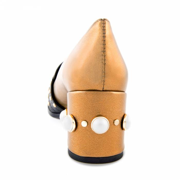 Scarpa con tacco Riv 02