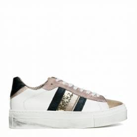 Sneakers 1070