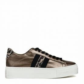 Sneakers 109
