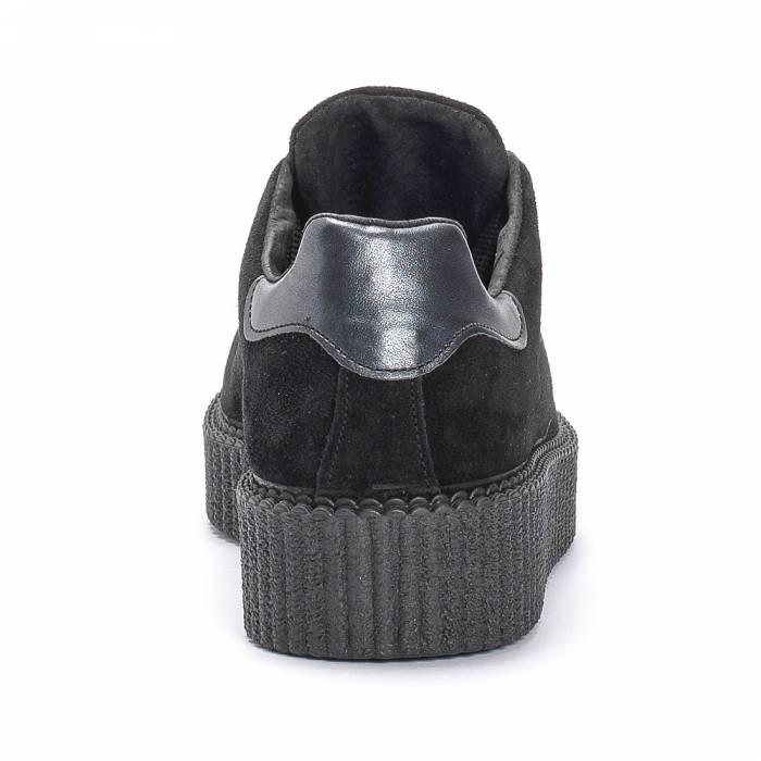 Sneakers 311