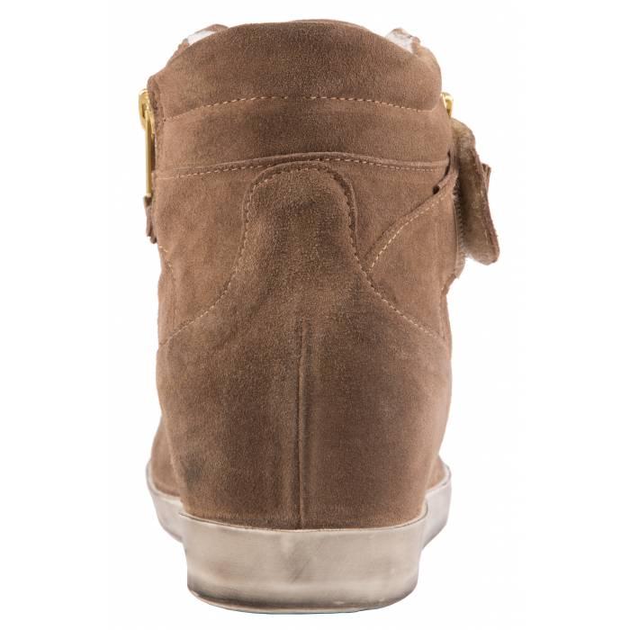 Sneakers con accessori