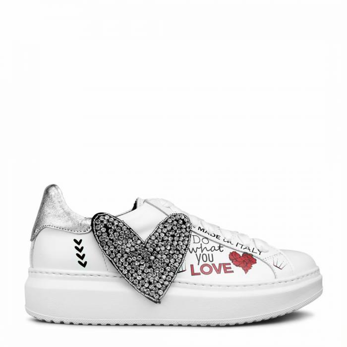Sneakers Crack