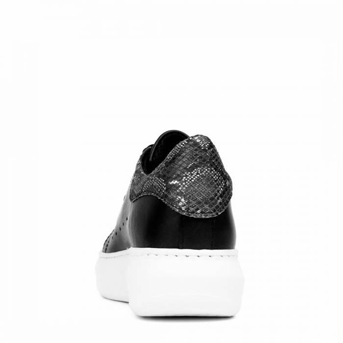 Sneakers MC 19