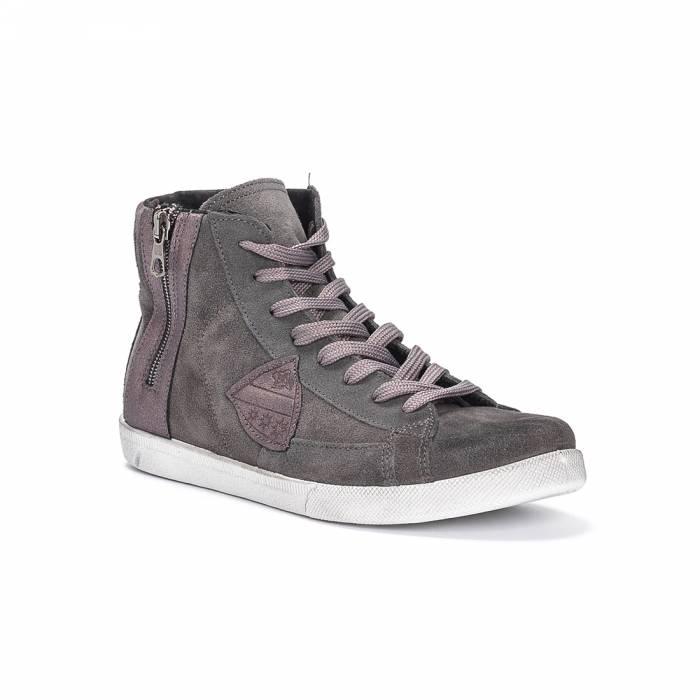 Sneakers Mid 151