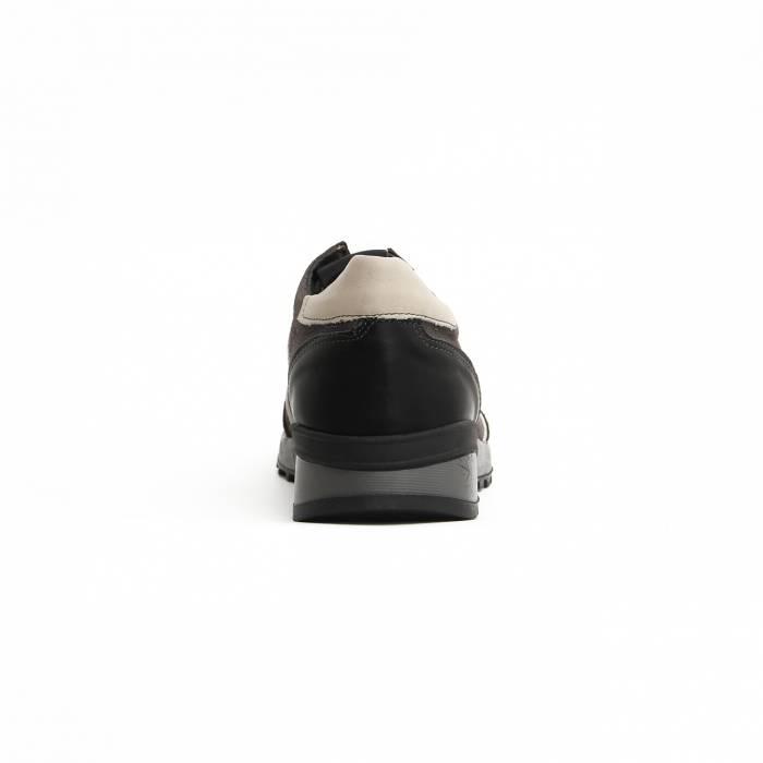 Sneakers Nus