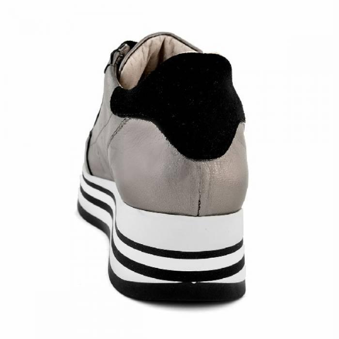 Sneakers Shine 01