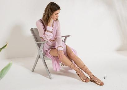 Sandalo alla schiava Rosa